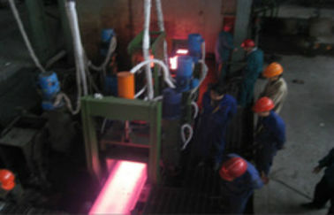 China R6M One Strand Slab Continuous Casting Machine For 200x300 Billets distributor